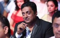 प्रकाश राज ने कहा एसी कमरों में बैठकर खेली जा रही है राम मंदिर की राजनीति