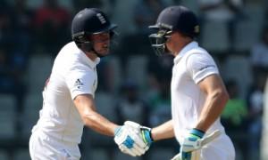 बटलर के अर्धशतक से इंग्लैंड मज़बूत स्कोर की तरफ, लंच तक बनाये 385/8 रन