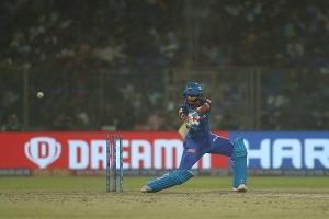 धवन और श्रेयस खेली दिल्ली के लिए शानदार पारी, किंग्स इलेवन की 5 विकेट से हार