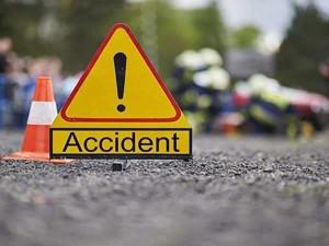 जम्मू में दुर्घटना से 26 लोग घायल