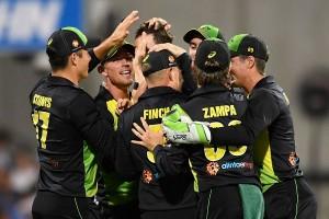 ऑस्ट्रेलिया ने पहले रोमांचक टी20 में भारत को 4 रन से हराया