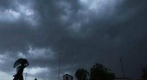 बिहार में बारिश, तापमान लुढ़का