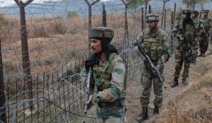 जम्मू कश्मीर में अंतरराष्ट्रीय सीमा और नियंत्रण रेखा के पास पाक ने इस वर्ष पिछले सात साल में सबसे अधिक संघर्ष विराम का उल्लंघन किया