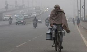 राजधानी दिल्ली पर सर्दी का सितम, उत्तर भारत में अलर्ट जारी