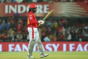 गेल का अर्धशतक, मुंबई के मिला 175 रनों का लक्ष्य