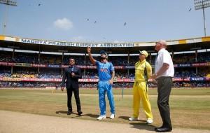 आस्ट्रेलिया ने टॉस जीता, पहले बल्लेबाजी का फैसला