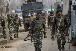 श्रीनगर में पुलिस टीम पर ग्रेनेड अटैक में तीन पुलिसकर्मी घायल