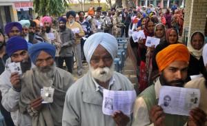 लुधियाना में नगर निगम चुनाव के लिए मतदान शुरू