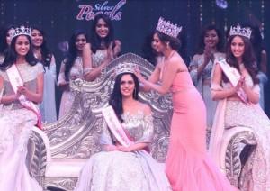 फेमिना मिस इंडिया वर्ल्ड 2017 का हरियाणा की मानुषी ने जीता ख़िताब