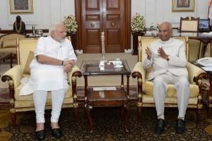 प्रधानमंत्री मोदी ने राष्ट्रपति कोविंद से मुलाकत की