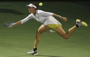 दुबई चैम्पियनशिप के सेमीफाइनल में मुगुरुजा ने कदम रखा