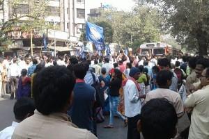 मुंबई बंद की बॉलीवुड हस्तियों ने निंदा की