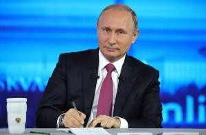 पुतिन ने कहा रूस पर लगे पश्चिमी प्रतिबंध सभी के लिए हानिकारक