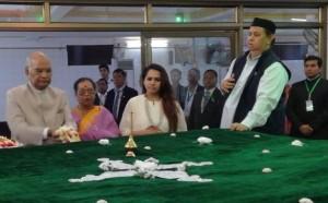 राष्ट्रपति कोविंद म्यांमार में अंतिम मुगल शासक बहादुर शाह जफर की कब्र पर गए