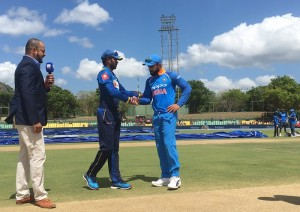 भारत ने टॉस जीता, श्रीलंका को पहले बल्लेबाजी का न्योता