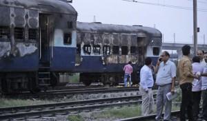 हरियाणा में 661 रेलगाड़ियां डेरा प्रमुख मामले को लेकर प्रभावित