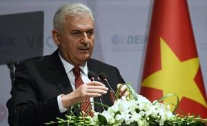 तुर्की ने कहा कुर्द मिलीशिया और वाशिंगटन में संबंध से अमेरिका से रिश्ते खराब हुए