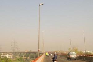 राजधानी दिल्ली में सुबह सुहावना मौसम